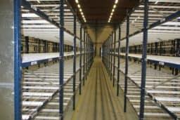 LOT RAYONNAGE MI-LOURD MECALUX PLATEAUX FILS -2990€