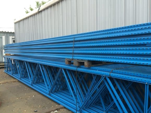 LOT RACK DE STOCKAGE STOW – 2500 €
